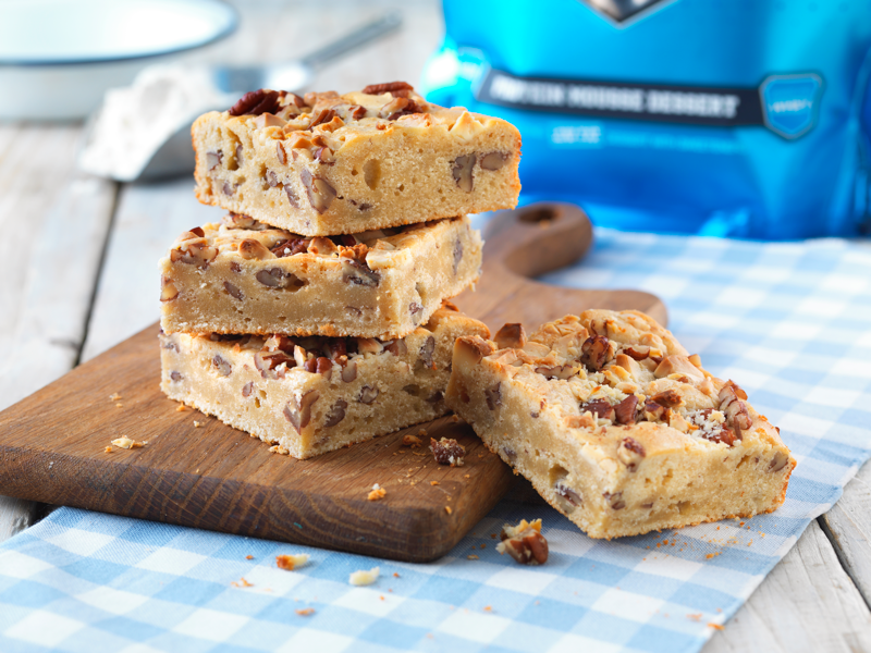 Muscle_Moose_White_Chocolate_Pecan_Blondies_Made_With_Muscle_Mousse